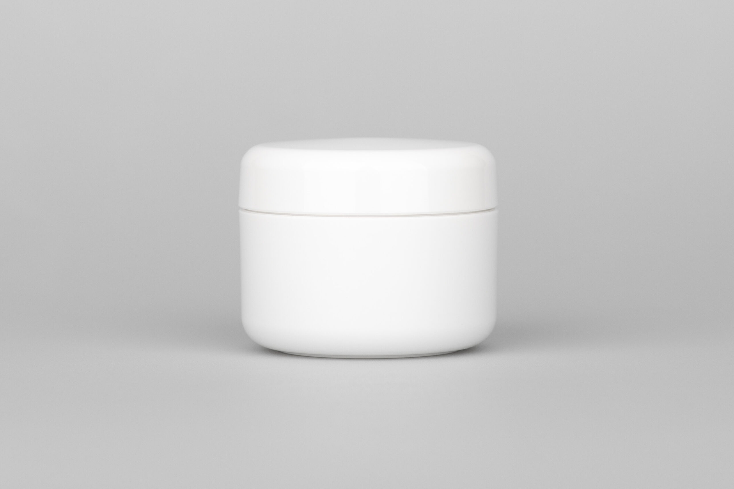 100 ml white screw jar